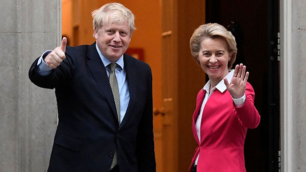 Boris Johnson in emergency Brexit meeting with Ursula von der Leyen over EU deal deadlock