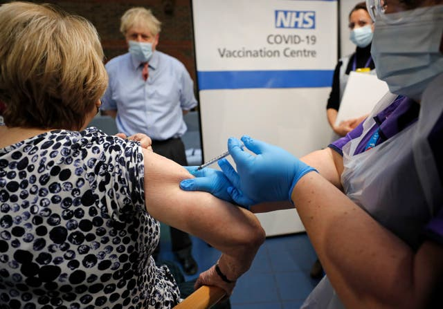 Warning after two NHS workers have allergic reaction to Pfizer/BioNTech Covid vaccine