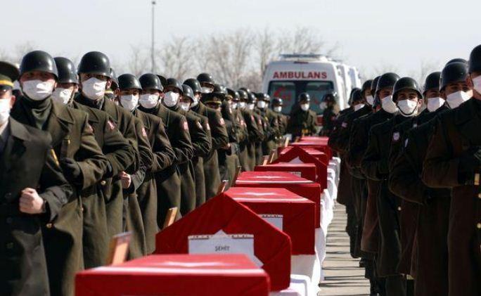 তুরস্কে সামরিক হেলিকপ্টার বিধ্বস্ত ১০ সেনা নিহত